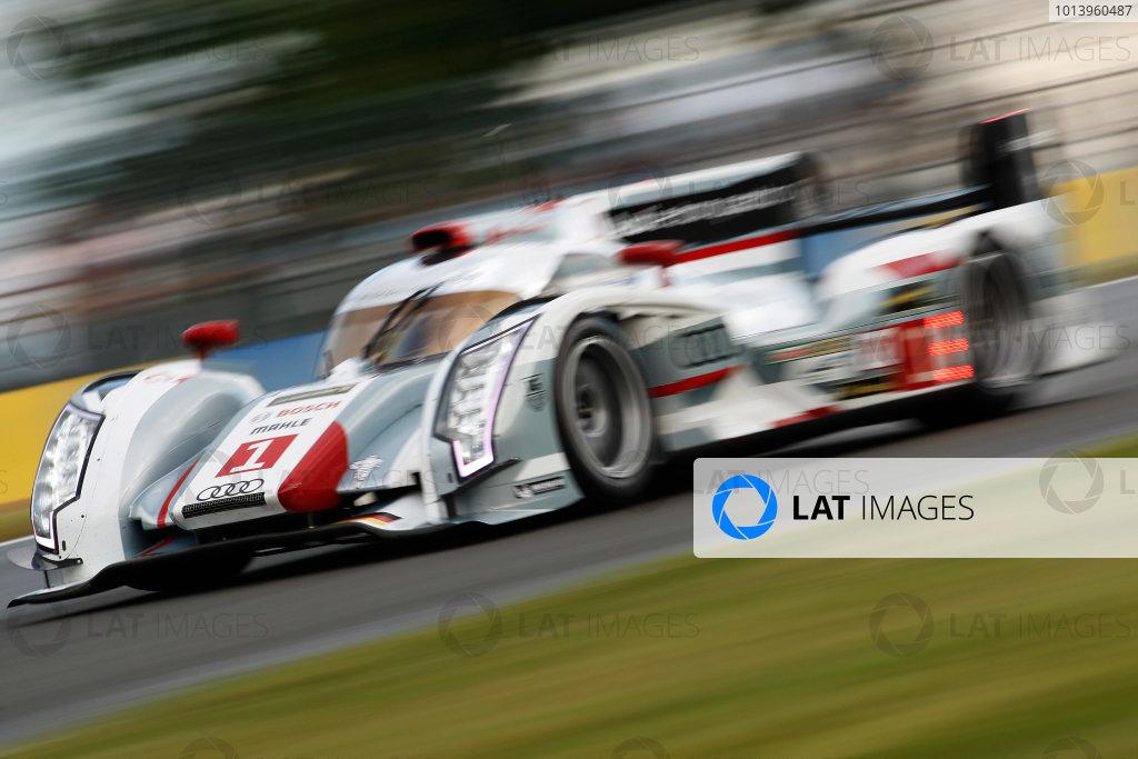 Circuit de La Sarthe, Le Mans, France. 19th - 23rd June 2013. Andre Lotterer/Marcel Fassler/Benoit Treluyer, Audi Sport Team Joest, No.1 Audi R18 e-tron quattro, Action. . Worldwide Copyright: Sam Bloxham/  ref: Digital Image _LOX0240