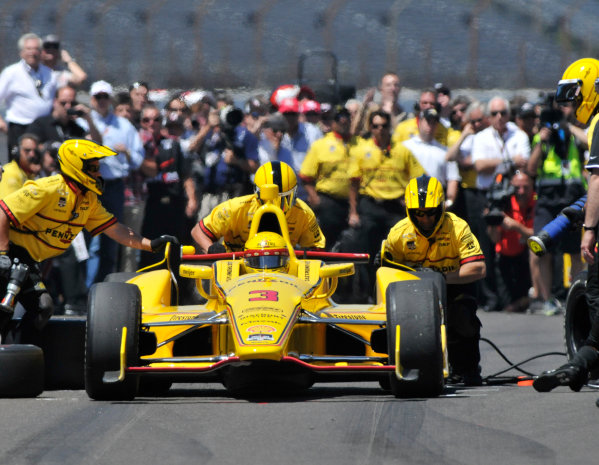 23 May, 2014, Indianapolis, Indiana, USA Helio Castoneves during pit stop competition ©2014, Geoffrey M. Miller LAT Photo USA