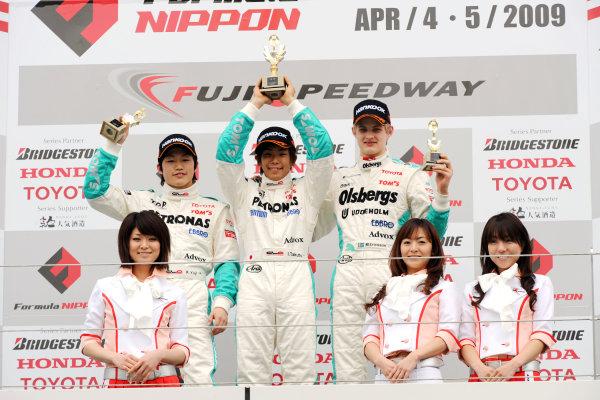 Fuji, Japan. 5th April 2009.Rd2 - Podium.World Copyright: Yasushi Ishihara/LAT Photographicref: 2009JF3_R2_005