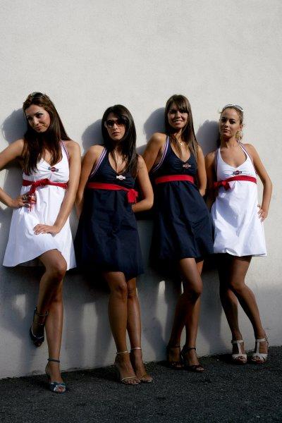 2007 Italian Grand Prix - ThursdayAutodromo di Monza, Monza, Italy.6th September 2007.Martini girls on show in the paddock. Glamour. Atmosphere.World Copyright: Andrew Ferraro/LAT Photographicref: Digital Image VY9E9193