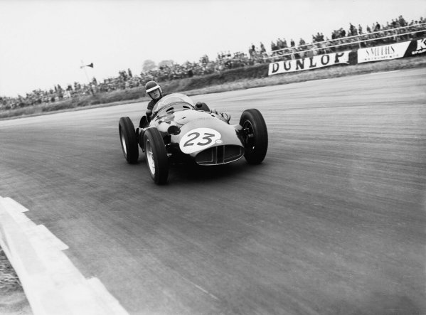 Silverstone, England.12-14 July 1956.Mike Hawthorn (BRM P25).Ref-Motor 773/21.World Copyright - LAT Photographic