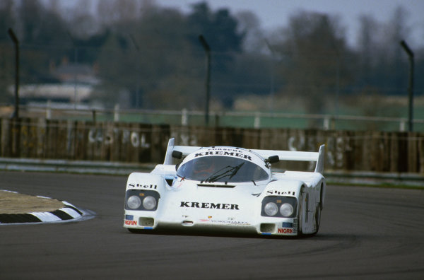 Silverstone, England. 4th May 1986. Rd 2.Jo Gartner/Tiff Needell (Porsche 962C), 3rd position, action. World Copyright: LAT Photographic.Ref:  86SIL04
