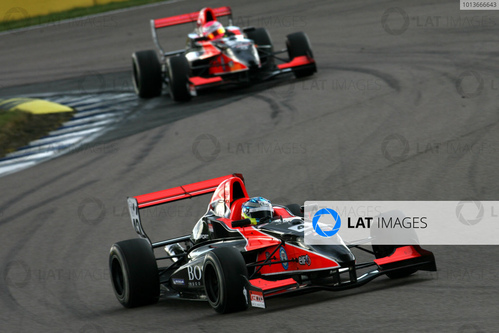 Rockingham, Northamptonshire. 17th - 18th September 2011.Jordan King (GBR) Manor Competition Formula Renault.World Copyright: Ebrey/LAT Photographic.