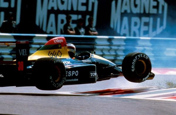 Aguri Suzuki crashed his Lola at the first chicane in qualifying Italian GP - Monza, Italy, 9 September 1990