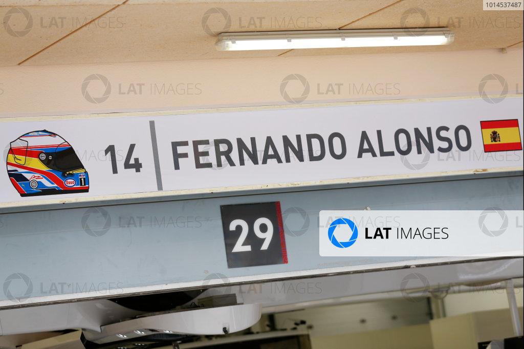 Bahrain International Circuit, Sakhir, Bahrain. Thursday 31 March 2016. The McLaren garage of Fernando Alonso who will miss the 2016 Bahrain Grand Prix on health grounds following his heavy crash with Esteban Gutierrez in Melbourne. World Copyright: Sam Bloxham/LAT Photographic ref: Digital Image _R6T4642