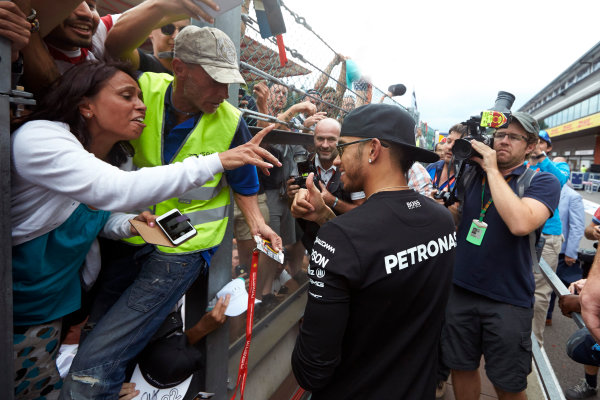 Spa-Francorchamps, Spa, Belgium. Sunday 23 August 2015. Lewis Hamilton, Mercedes AMG gives a thumbs up to the fans after winning the race. World Copyright: Steve Etherington/LAT Photographic ref: Digital Image SNE22882