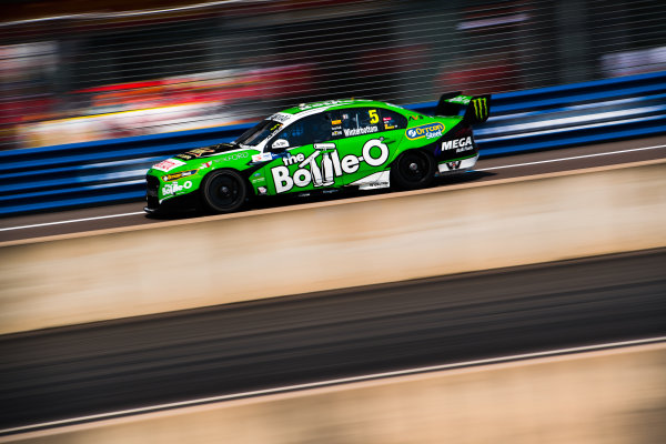 2017 Supercars Championship Round 6.  Darwin Triple Crown, Hidden Valley Raceway, Northern Territory, Australia. Friday June 16th to Sunday June 18th 2017. Mark Winterbottom drives the #5 The Bottle-O Racing Ford Falcon FGX. World Copyright: Daniel Kalisz/LAT Images Ref: Digital Image 160617_VASCR6_DKIMG_1024.JPG