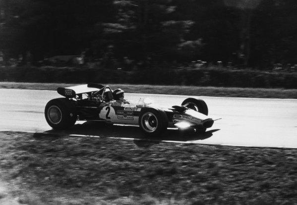 Watkins Glen, USA. 5 October 1969. Jochen Rindt, Lotus 49B-Ford, 1st position, action. World Copyright: LAT Photographic Ref: b&w print