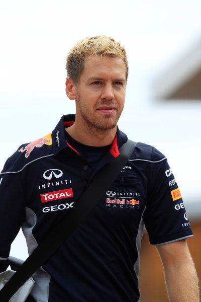 Korea International Circuit, Yeongam-Gun, South Korea. Sunday 6th October 2013. Sebastian Vettel, Red Bull Racing. World Copyright: Charles Coates/LAT Photographic. ref: Digital Image _X5J0591