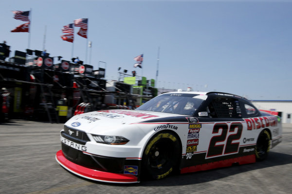 #22: Paul Menard, Team Penske, Ford Mustang Discount Tire