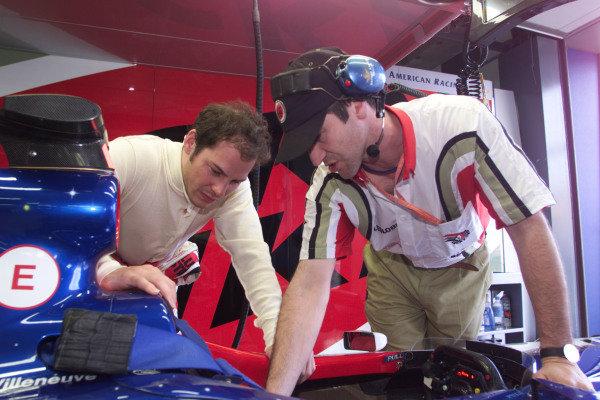 1999 Australian Grand Prix.Albert Park, Melbourne, Australia. 5-7 March 1999.Jacques Villeneuve (BAR Supertec) before practice.World Copyright - Lawrence/LAT Photographic