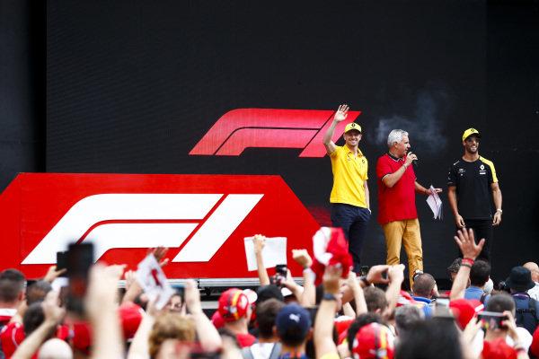 Nico Hulkenberg, Renault F1 Team and Daniel Ricciardo, Renault F1 Team on stage in the fan zone