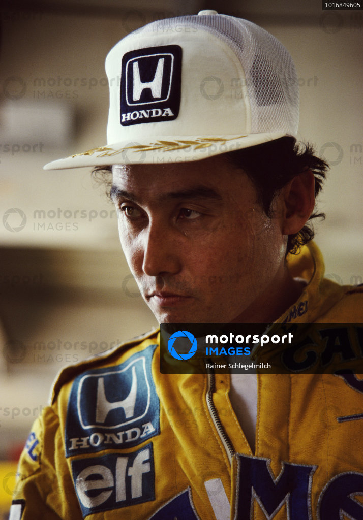 Satoru Nakajima, Lotus, during practice.