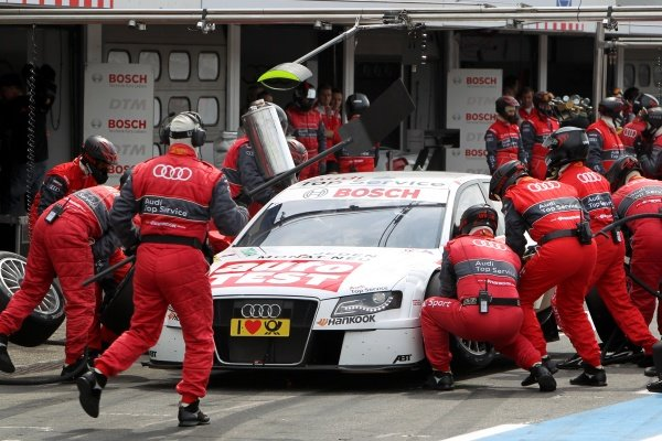 A pit stop for Timo Scheider (GER), Audi Sport Team Abt.