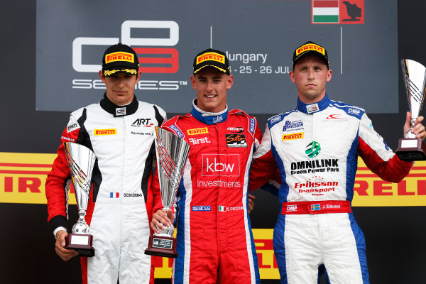 2015 GP3 Series Round 4.  Hungaroring, Budapest, Hungary. Sunday 26 July 2015. Kevin Ceccon (ITA, Arden International), Esteban Ocon (FRA, ART Grand Prix) & Jimmy Eriksson (SWE, Koiranen GP)  World Copyright: Sam Bloxham/LAT Photographic. ref: Digital Image _79P9036