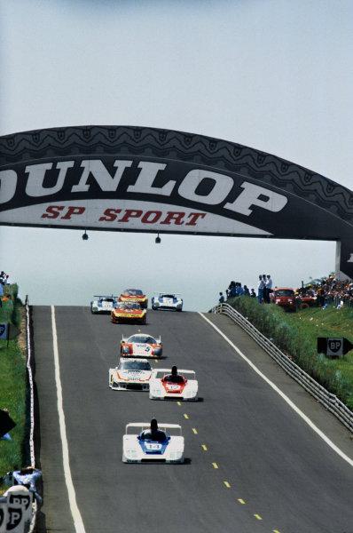 Le Mans, France. 9th - 10th June 1979. Bob Wollek/Hurley Haywood (Porsche 936/78), retired, leads the field at the start, action. World Copyright: LAT Photographic Ref: 79LM