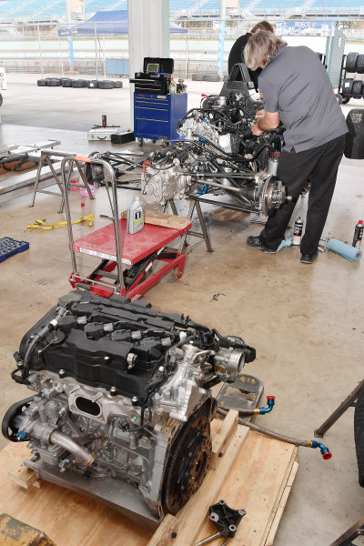 2017 F4 US Championship Rounds 1-2-3 Homestead-Miami Speedway, Homestead, FL USA Saturday 8 April 2017 Honda F4 engine as crew installs a new one. World Copyright: Dan R. Boyd/LAT Images