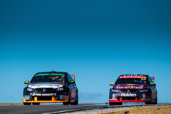2017 Supercars Championship Round 4.  Perth SuperSprint, Barbagallo Raceway, Western Australia, Australia. Friday May 5th to Sunday May 7th 2017. Matthew Brabham drives the #3 LD Motorsports Holden Commodore VF, Jamie Whincup drives the #88 Red Bull Holden Racing Team Holden Commodore VF. World Copyright: Daniel Kalisz/LAT Images Ref: Digital Image 050517_VASCR4_DKIMG_1259.JPG