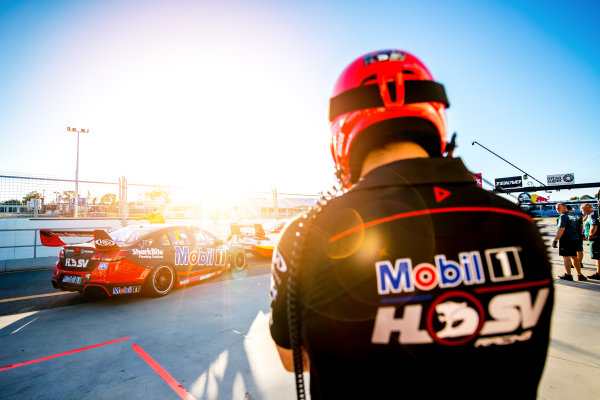 2017 Supercars Championship Round 4.  Perth SuperSprint, Barbagallo Raceway, Western Australia, Australia. Friday May 5th to Sunday May 7th 2017. Scott Pye drives the #2 Mobil 1 HSV Racing Holden Commodore VF. World Copyright: Daniel Kalisz/LAT Images Ref: Digital Image 050517_VASCR4_DKIMG_1831.JPG