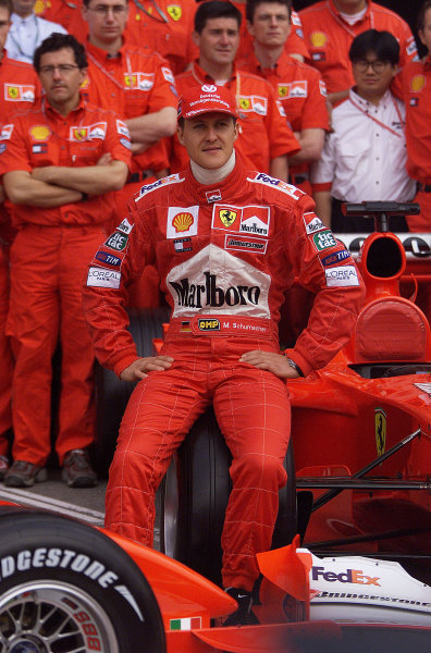 2001 Spanish Grand PrixCatalunya, Barcelona, Spain. 27-29 April 2001.Michael Schumacher (Ferrari) 1st position.World Copyright - Steve Etherington/LAT Photographicref: 18 mb Digital Image