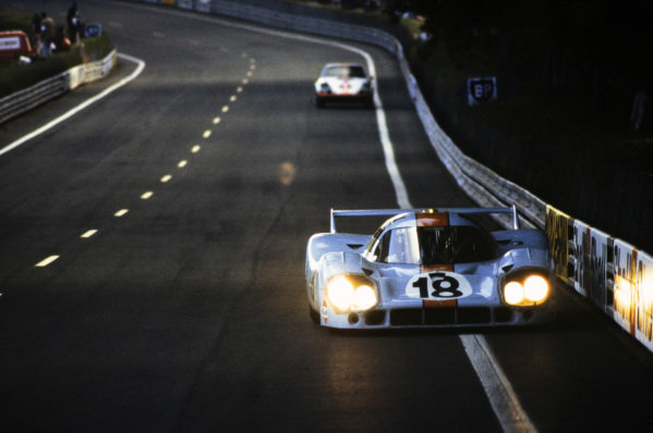 Pedro Rodriguez / Jackie Oliver, John Wyer Automotive Engineering, Porsche 917 LH.