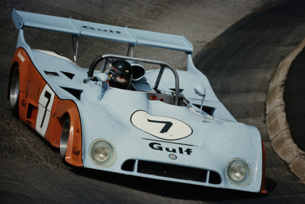 James Hunt / Vern Schuppan, Gulf Research Racing Company, Mirage GR7 Ford.
