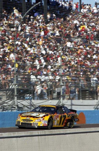 2002 NASCAR Phoenix, USA November 09-10, 2002 Checker Auto Parts 500 ,Phoenix International Raceway-Matt Kenseth races down the fully crowded frontstretch,-Robt LeSieur2002LAT Photographic