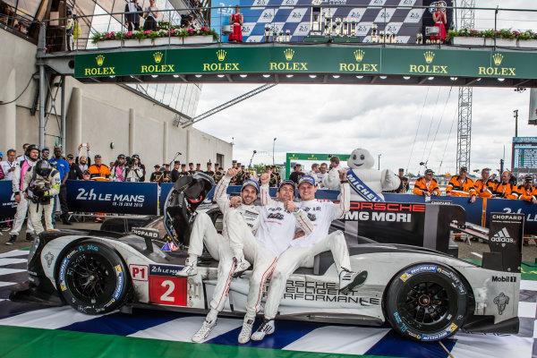 Race winners #2 Porsche Team Porsche 919 Hybrid: Romain Dumas, Neel Jani, Marc Lieb celebrate