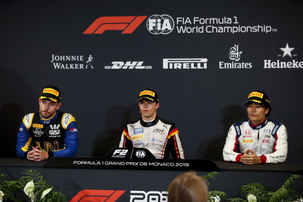 Luca Ghiotto (ITA, UNI VIRTUOSI), Race winner Nyck De Vries (NLD, ART GRAND PRIX) and Nobuharu Matsushita (JPN, CARLIN) in the press conference