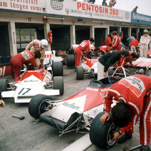 Nurburgring, Germany.28-30 July 1972.The Marlboro BRM team in the pit lane.Ref-3/5126J.World Copyright - LAT Photographic