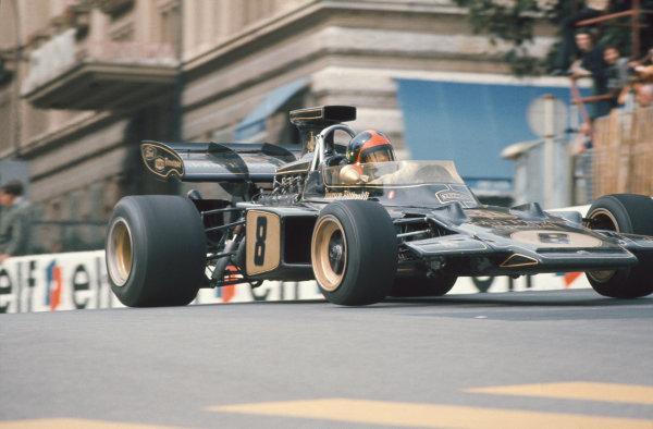 1972 Monaco Grand Prix.  Monte Carlo, Monaco. 11-14th May 1972.  Emerson Fittipaldi, Lotus 72D Ford, 3rd position.  Ref: 72MON65. World Copyright: LAT Photographic