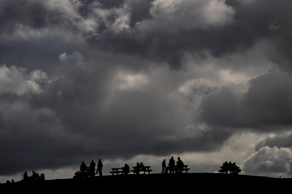 Donington Park, Leicestershire, UK27th - 30th September 2012Fans on the hill at Donington watch GT1 qualifying. World Copyright: Jamey Price/LAT Photographicref: Digital Image Donington_GT1-18430