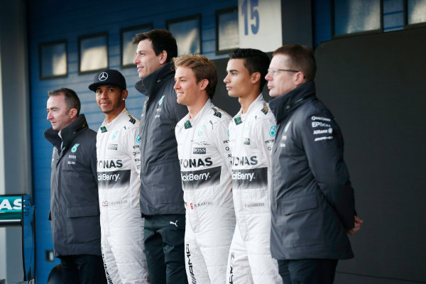 2015 F1 Pre Season Test 1 - Day 1 Circuito de Jerez, Jerez, Spain. Sunday 1 February 2015. Lewis Hamilton, Mercedes AMG, Nico Rosberg, Mercedes AMG, Pascal Wehrlein, Mercedes AMG, Paddy Lowe, Executive Director (Technical), Mercedes AMG, Toto Wolff, Executive Director (Business), Mercedes AMG and Andy Cowell, Managing Director, HPP, Mercedes AMG, launch the Mercedes W06. World Copyright: Alastair Staley/LAT Photographic. ref: Digital Image _R6T3066