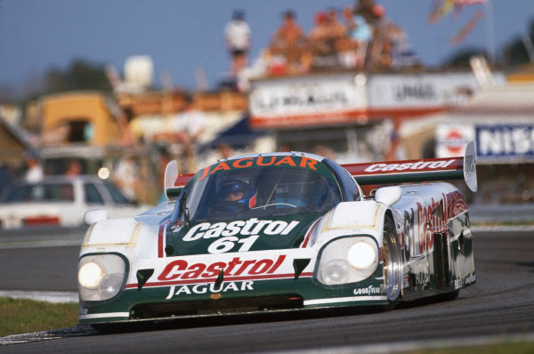 Daytona 24 Hours, Florida, USA. 3rd - 4th February 1990. Davy Jones/Jan Lammers/Andy Wallace (Jaguar XJR-12D), 1st position, action. World Copyright: LAT Photographic. Ref:  90IMSA DAY01.