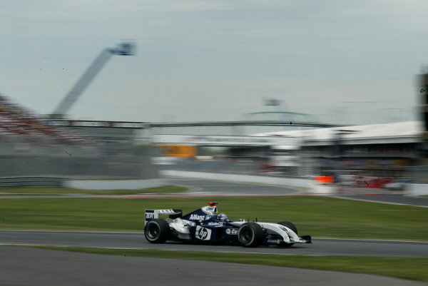 2004 Canadian Grand Prix - Sunday Race,Montreal, Canada. 13th June 2004.Juan Pablo Montoya, BMW Williams FW26. Action.World Copyright: Steve Etherington/LAT Photographic ref: Digital Image Only
