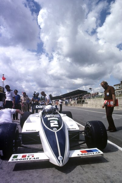 1982 British Grand Prix.Brands Hatch, Great Britain. 18 July 1982.Riccardo Patrese, Brabham BT50-BMW, retired, in the pitlane, action.World Copyright: LAT PhotographicRef: 35mm transparency 82GB47