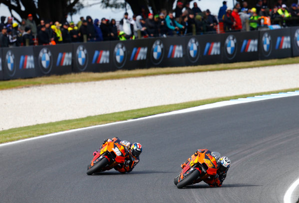 2017 MotoGP Championship - Round 16 Phillip Island, Australia. Sunday 22 October 2017 Pol Espargaro, Red Bull KTM Factory Racing, Bradley Smith, Red Bull KTM Factory Racing World Copyright: Gold and Goose / LAT Images ref: Digital Image 24465