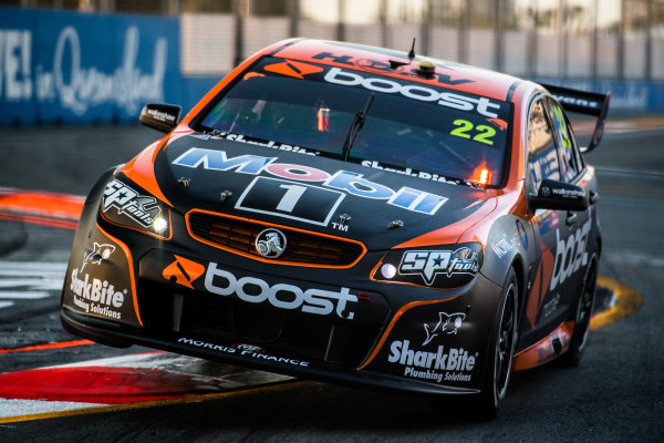2017 Supercars Championship Round 12.  Gold Coast 600, Surfers Paradise, Queensland, Australia. Friday 20th October to Sunday 22nd October 2017. James Courtney, Walkinshaw Racing.  World Copyright: Daniel Kalisz/LAT Images Ref: Digital Image 201017_VASCR12_DKIMG_1670.jpg