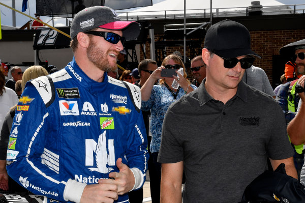 Monster Energy NASCAR Cup Series Apache Warrior 400 Dover International Speedway, Dover, DE USA Sunday 1 October 2017 Dale Earnhardt Jr, Hendrick Motorsports, Nationwide Chevrolet SS and Jeff Gordon World Copyright: Rusty Jarrett LAT Images