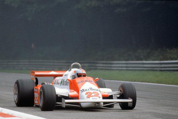 Monza, Italy. 11-13 September 1981.  Mario Andretti (Alfa Romeo 179C) retired.  Ref: 81ITA27. World Copyright: LAT Photographic