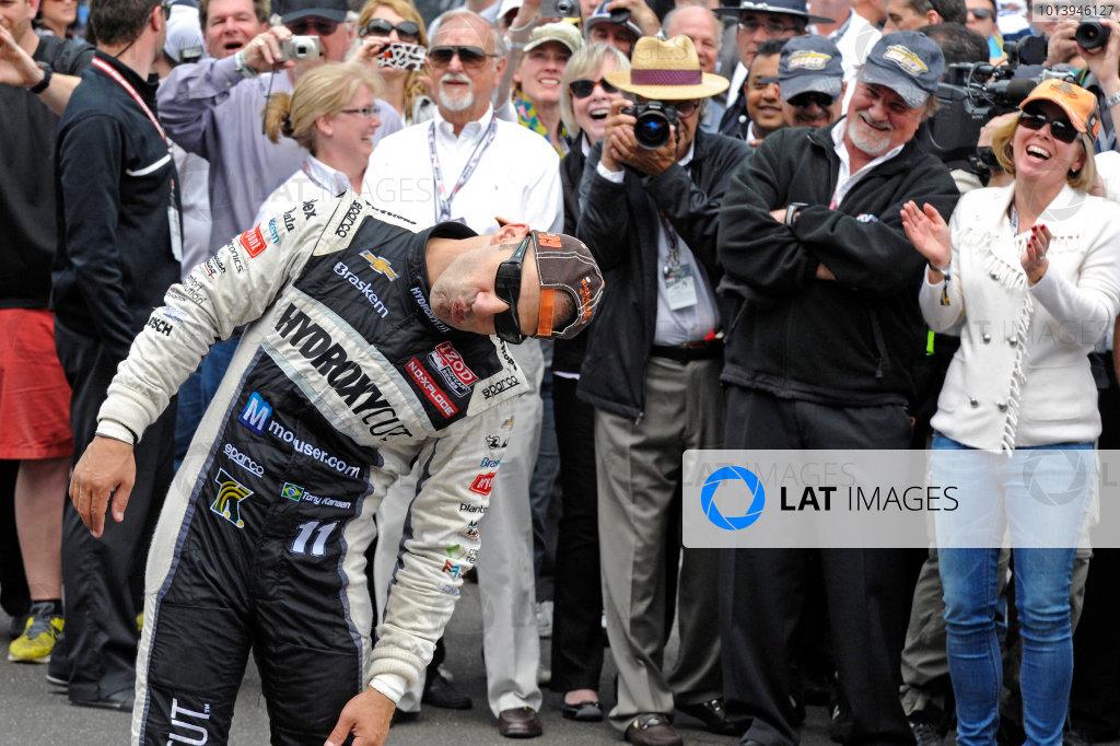 26 May, 2013, Indianapolis, Indiana, USA Winner Tony Kanaan (#11) mugs for the cameras about kissing the