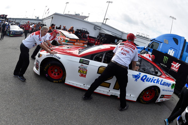 Monster Energy NASCAR Cup Series Toyota Owners 400 Richmond International Raceway, Richmond, VA USA Friday 28 April 2017 Ryan Blaney, Wood Brothers Racing, Motorcraft/Quick Lane Tire & Auto Center Ford Fusion World Copyright: Nigel Kinrade LAT Images ref: Digital Image 17RIC1nk00033