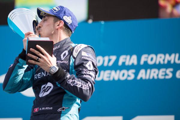 2016/2017 FIA Formula E Championship. Buenos Aires ePrix, Buenos Aires, Argentina. Saturday 18 February 2017 Sebastien Buemi (9, Renault e.dams) celerates on the podium. Photo: Alastair Staley/LAT/Formula E ref: Digital Image 580A7549