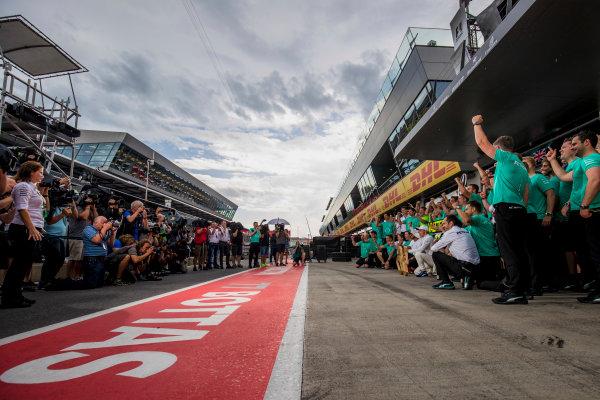 Red Bull Ring, Spielberg, Austria. Sunday 9 July 2017. Valtteri Bottas, Mercedes AMG, 1st Position, celebrates with Lewis Hamilton, Mercedes AMG, and the Mercedes team. World Copyright: Zak Mauger/LAT Images ref: Digital Image _56I5209