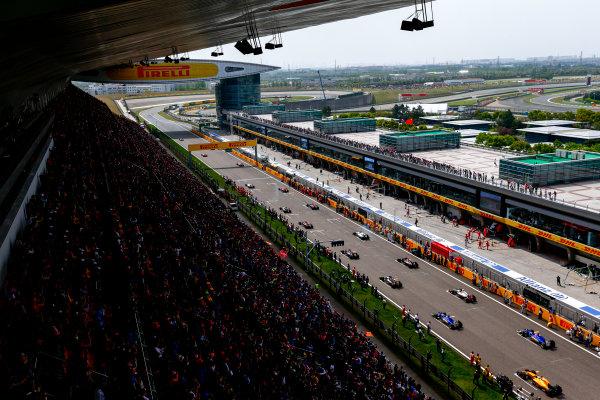 Shanghai International Circuit, Shanghai, China. Sunday 17 April 2016. Nico Rosberg, Mercedes F1 W07 Hybrid leads the grid around on a parade lap. World Copyright: Zak Mauger/LAT Photographic ref: Digital Image _L0U4042