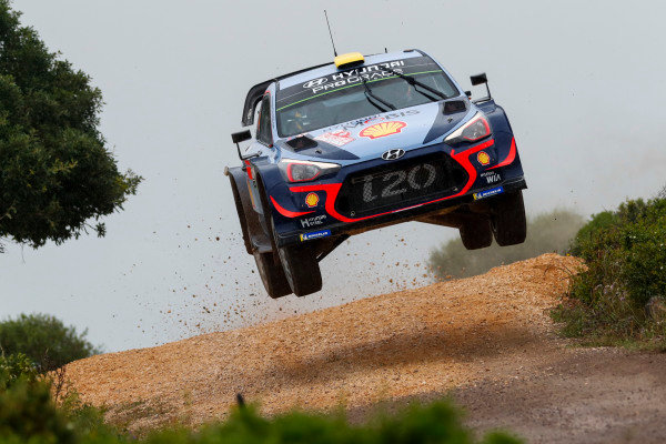 Andreas Mikkelsen is action on Rally d'Italia Sardinia