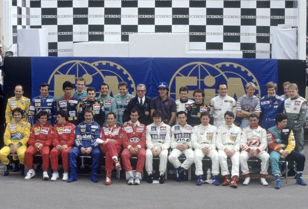1991 United States Grand Prix.Phoenix, Arizona, USA.8th - 10th  March 1991.Group photo at the start of the season, portrait.World Copyright - LAT Photographic.ref: 35mm colour transparency.