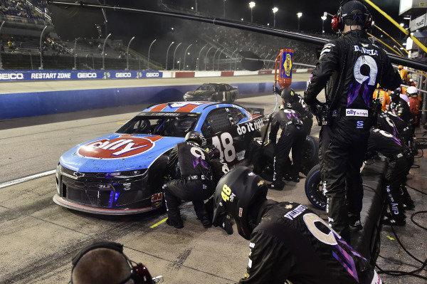 #48: Jimmie Johnson, Hendrick Motorsports, Chevrolet Camaro Ally Throwback