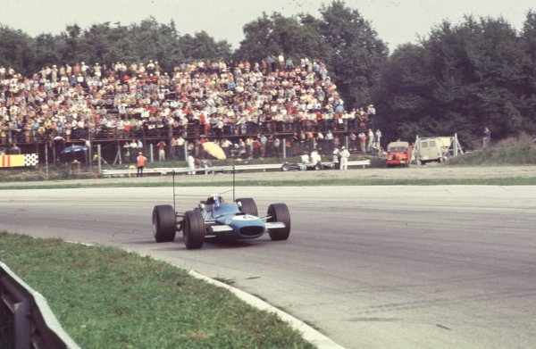 1968 Italian Grand Prix.Monza, Italy.6-8 September 1968.Jackie Stewart (Matra MS10 Ford) in Parabolica.World Copyright - LAT Photographic