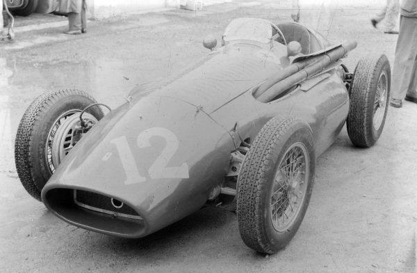 Piero Carini's Ferrari 553.
